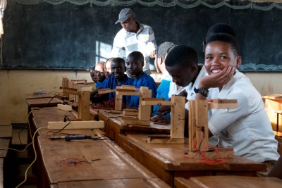 Students in Rwanda learning to build there solar lamps